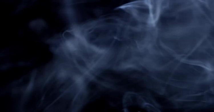 4k Smoke Wisp 04: Stock Video