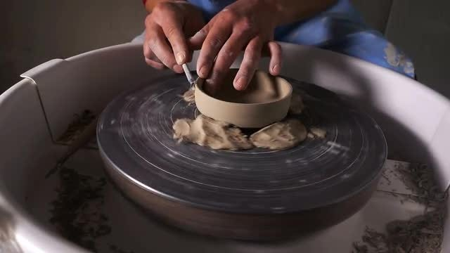 Potter Shaping Clay: Stock Video