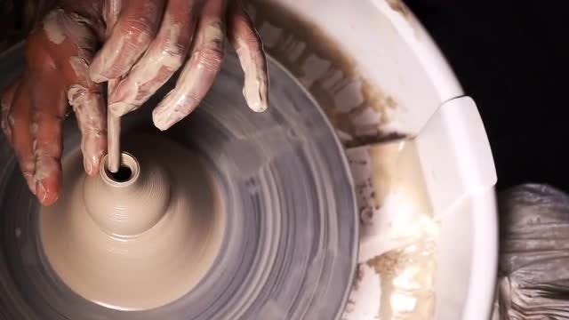 Potter Molding Wet Clay: Stock Video