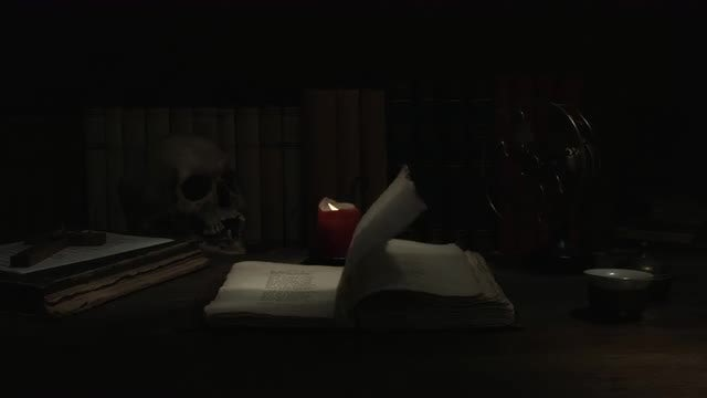 Creepy Room: Stock Video