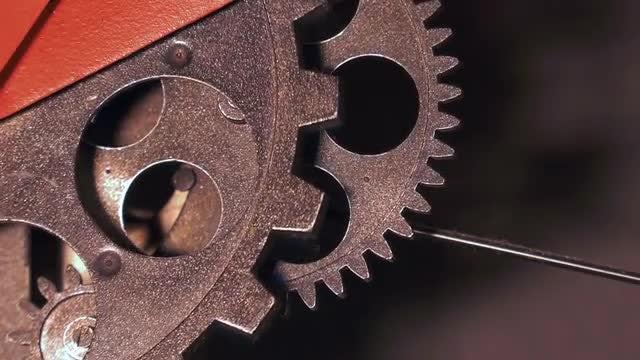 Grunge Clock Gears Rotating: Stock Video