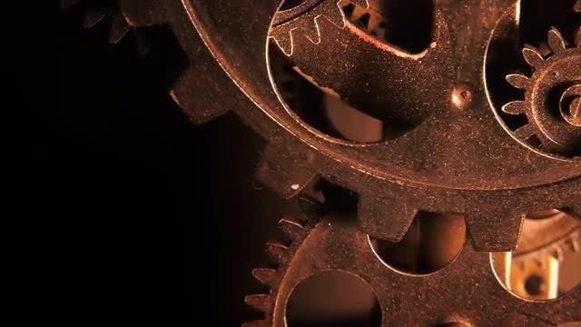 Rusty Clock Gears Rotating: Stock Video