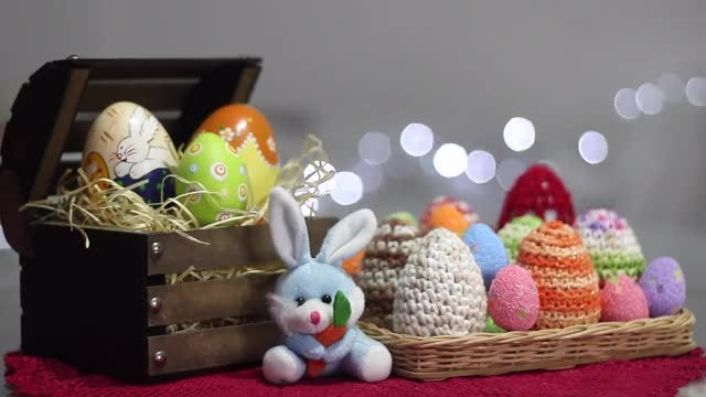 Happy Easter: Stock Video