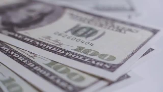 Hundred Dollar Bills: Stock Video