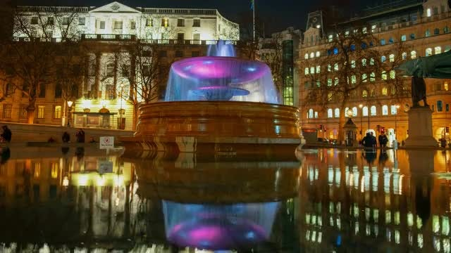 Trafalgar Square At Night: Stock Video