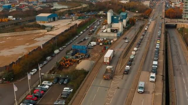 Highway Crossing: Stock Video