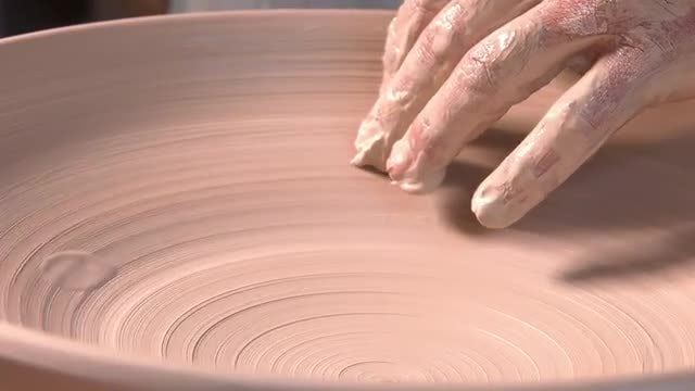 Making Clay Pot: Stock Video