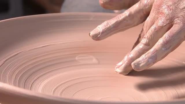 Potter Making A Pot: Stock Video