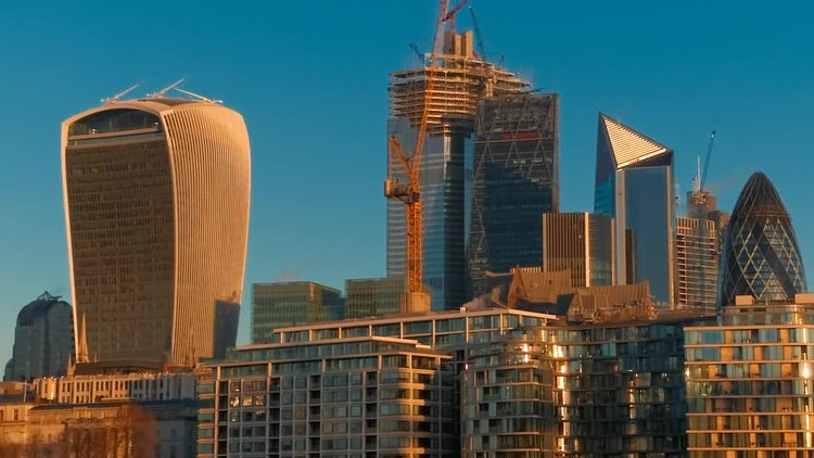 London's Skyline: Stock Video