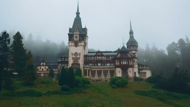 Misty Castle In Transylvania: Stock Video