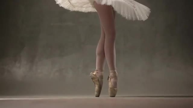 Ballet Dancer: Stock Video