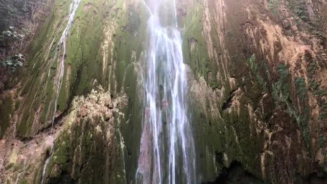 Dominican Republic Falls: Stock Video