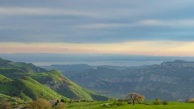 Mountain Landscape Time Lapse: Stock Video