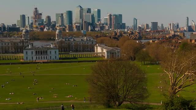 Canary Wharf And Greenwich: Stock Video