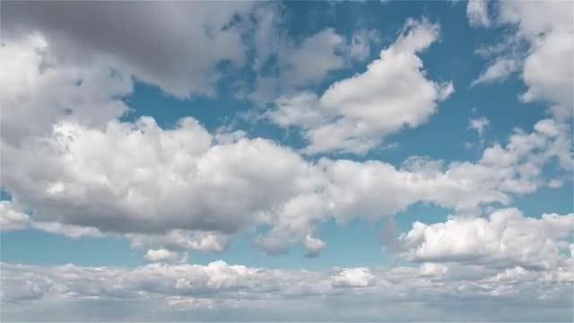 4K Sunny Clouds: Stock Video