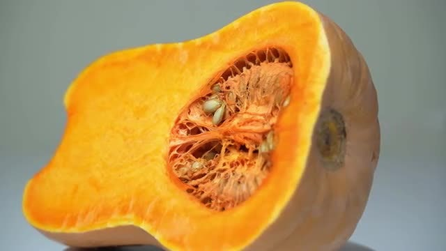 Sliced Pumpkin: Stock Video