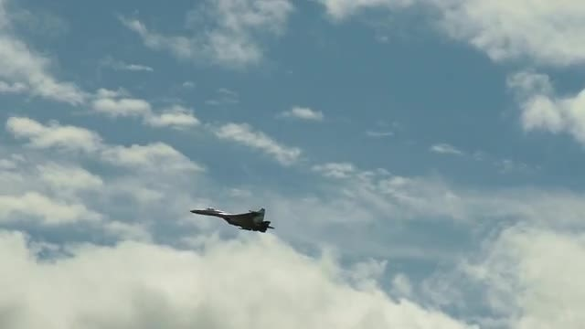 Supersonic Fighter Jet: Stock Video