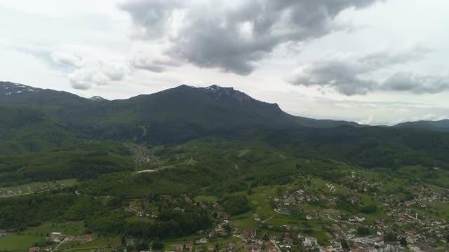 Mountain Panorama: Stock Video