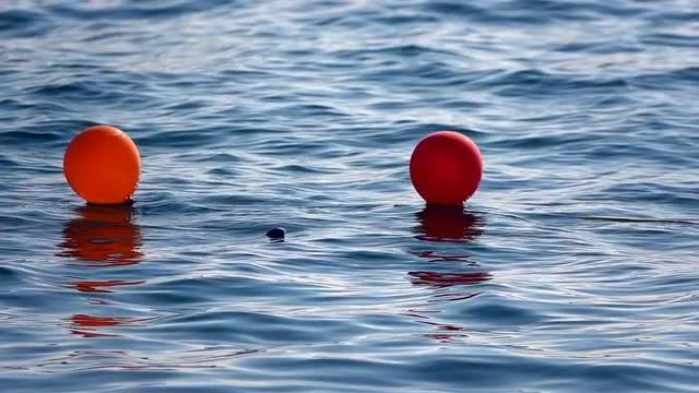 Balloons On The Water: Stock Video