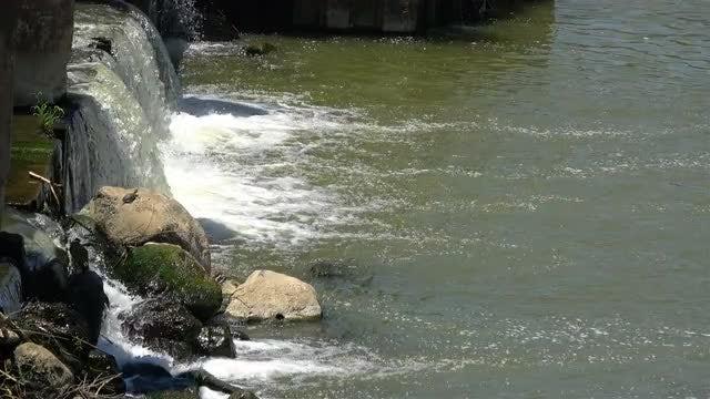 Small Waterfall: Stock Video