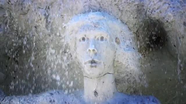Statue In A Fountain In Frankfurt: Stock Video