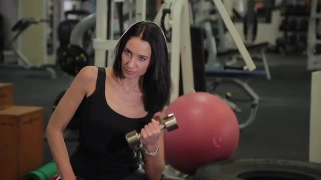 Woman Training Arms: Stock Video