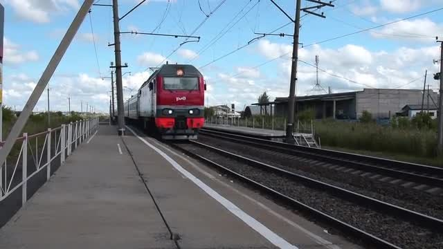 Train Passing Through Station: Stock Video