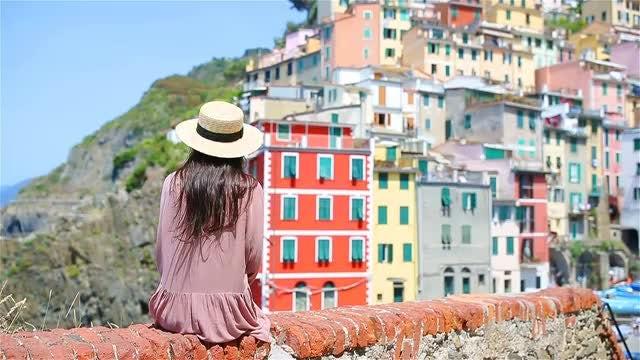 Riomaggiore, Italy: Stock Video
