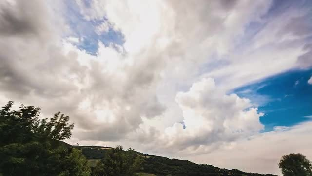 Storm Clouds Brewing: Stock Video