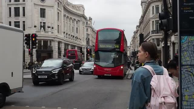 Traffic In Central London: Stock Video