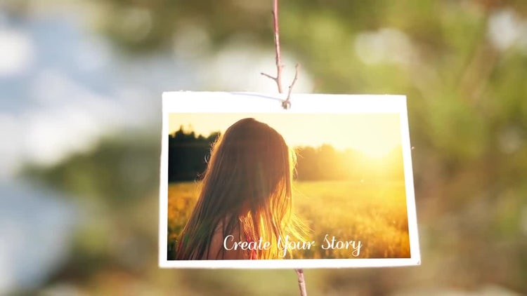 Light Frame Slideshow: After Effects Templates