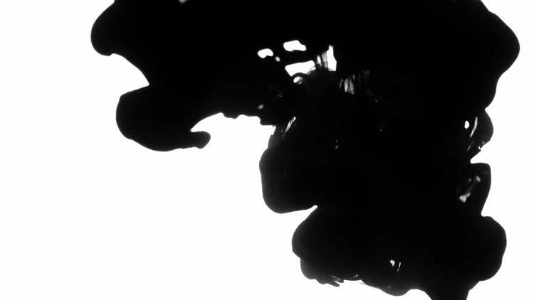 4K Black Ink Drops: Stock Video