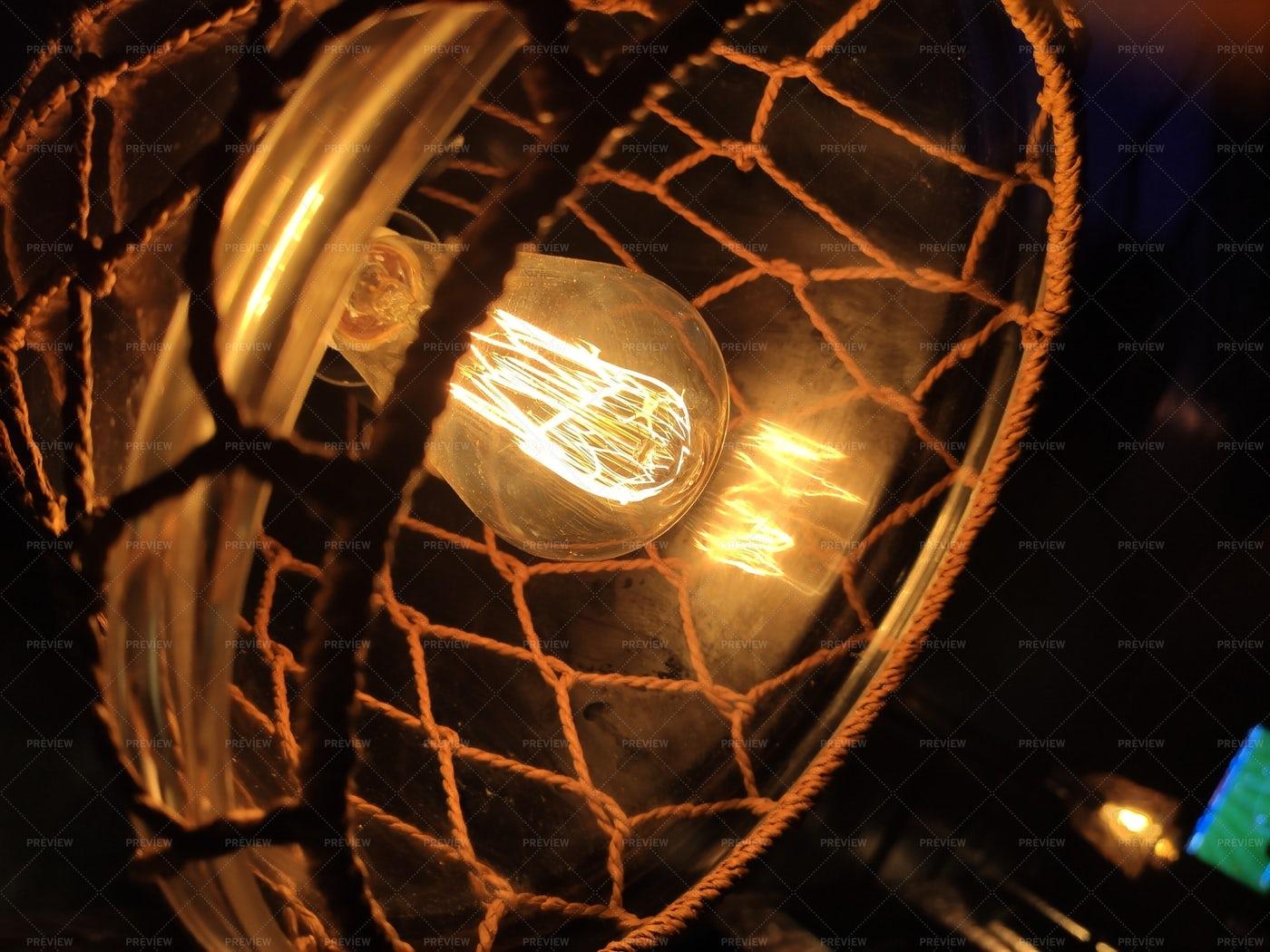 Light Bulb: Stock Photos
