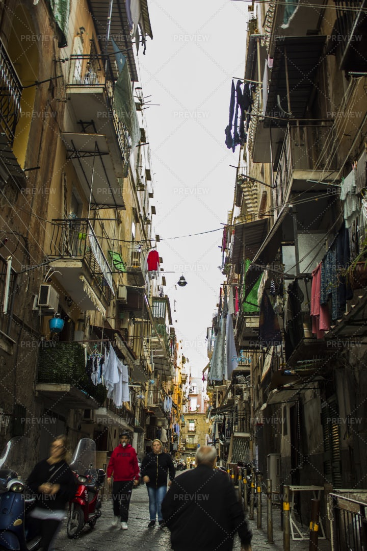 Alleyway In Naples, Italy: Stock Photos