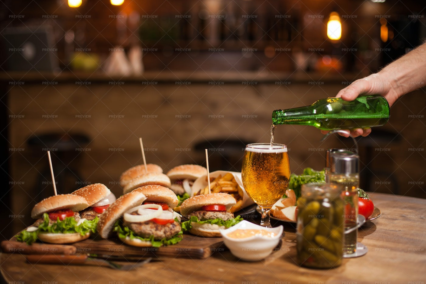 Beer And Burgers: Stock Photos