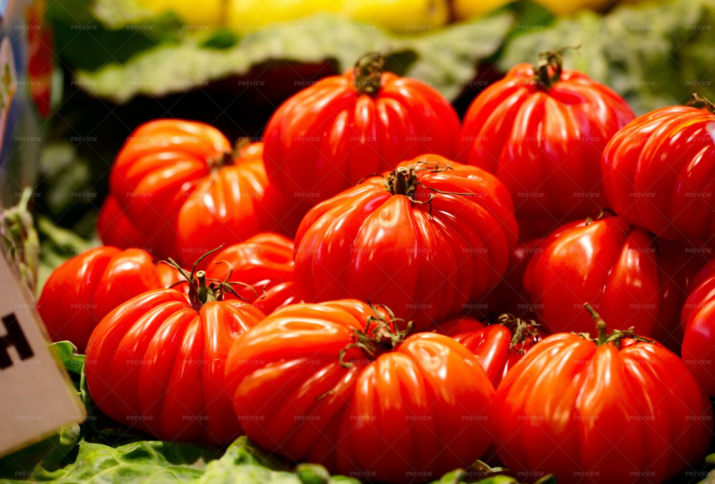 Red Tomatoes At The Market: Stock Photos