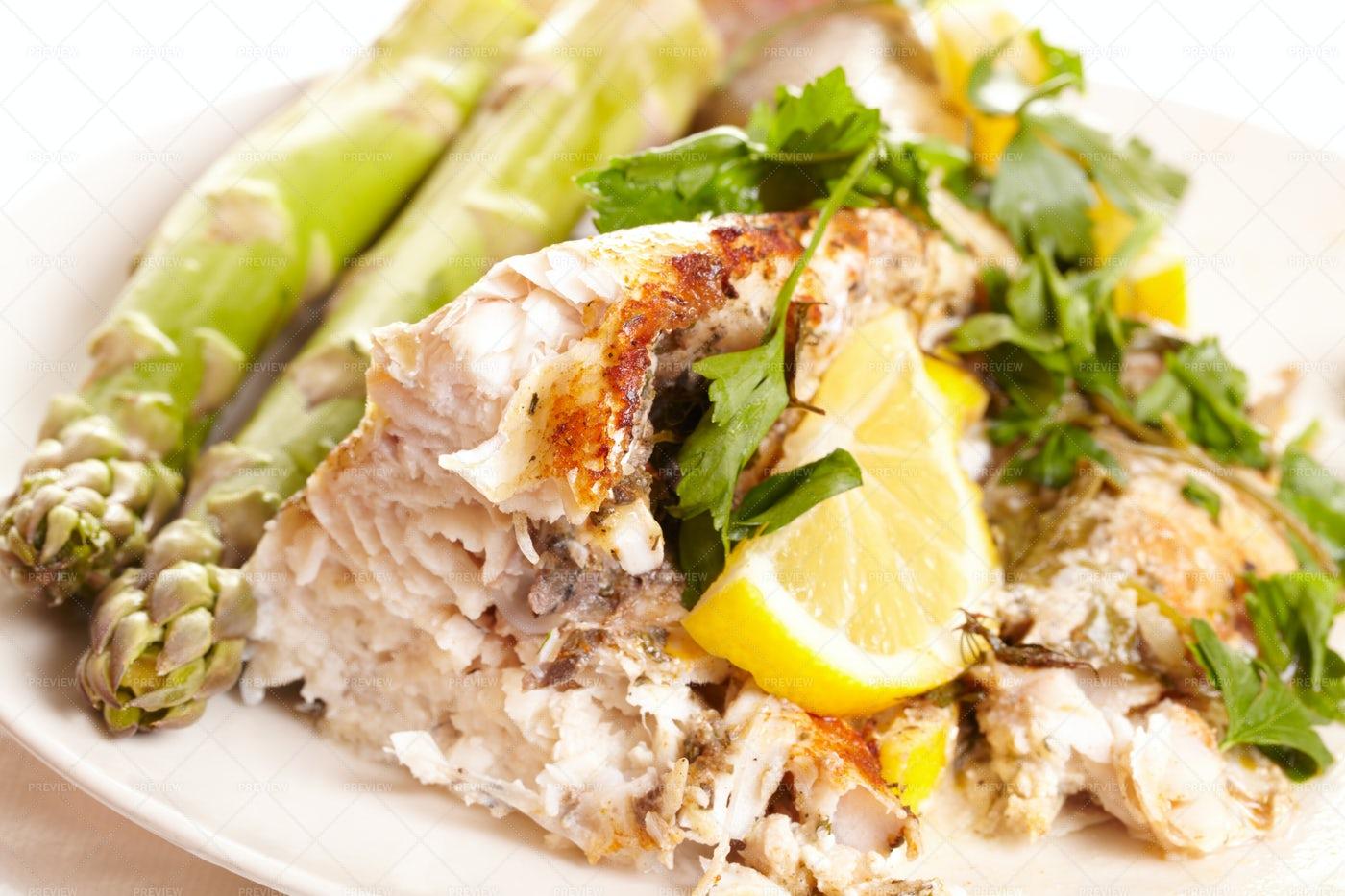 Fish Dish: Stock Photos