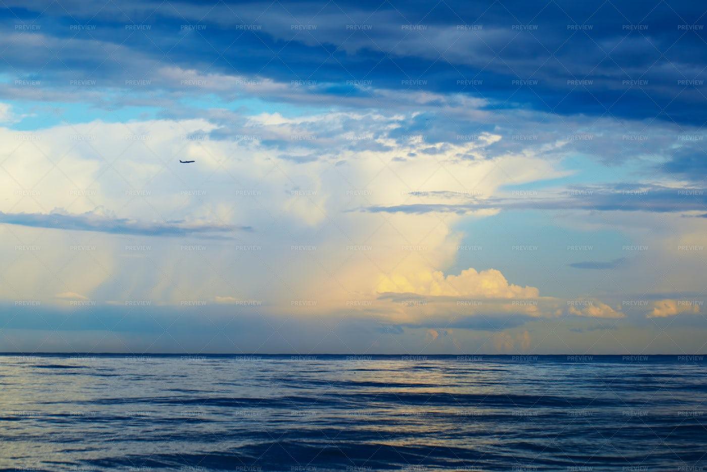 Plan Over Sea: Stock Photos