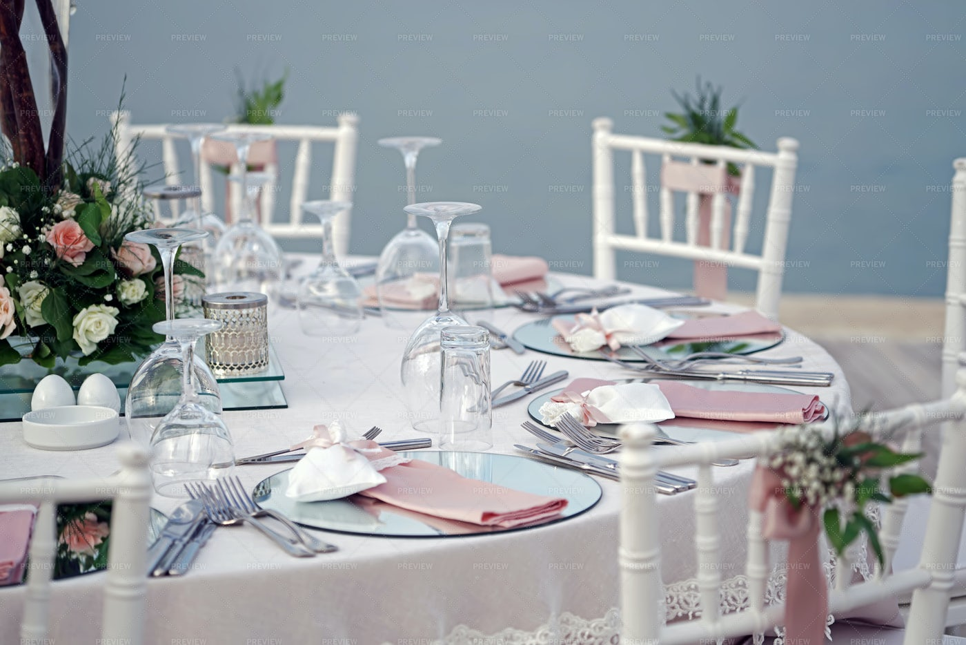 Decorated Wedding Table: Stock Photos