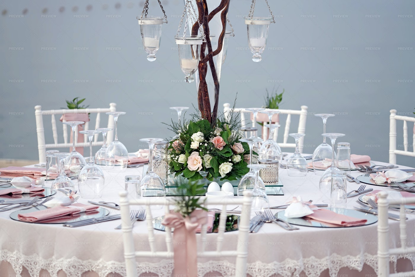 Decorated Wedding Table: Stock Photos