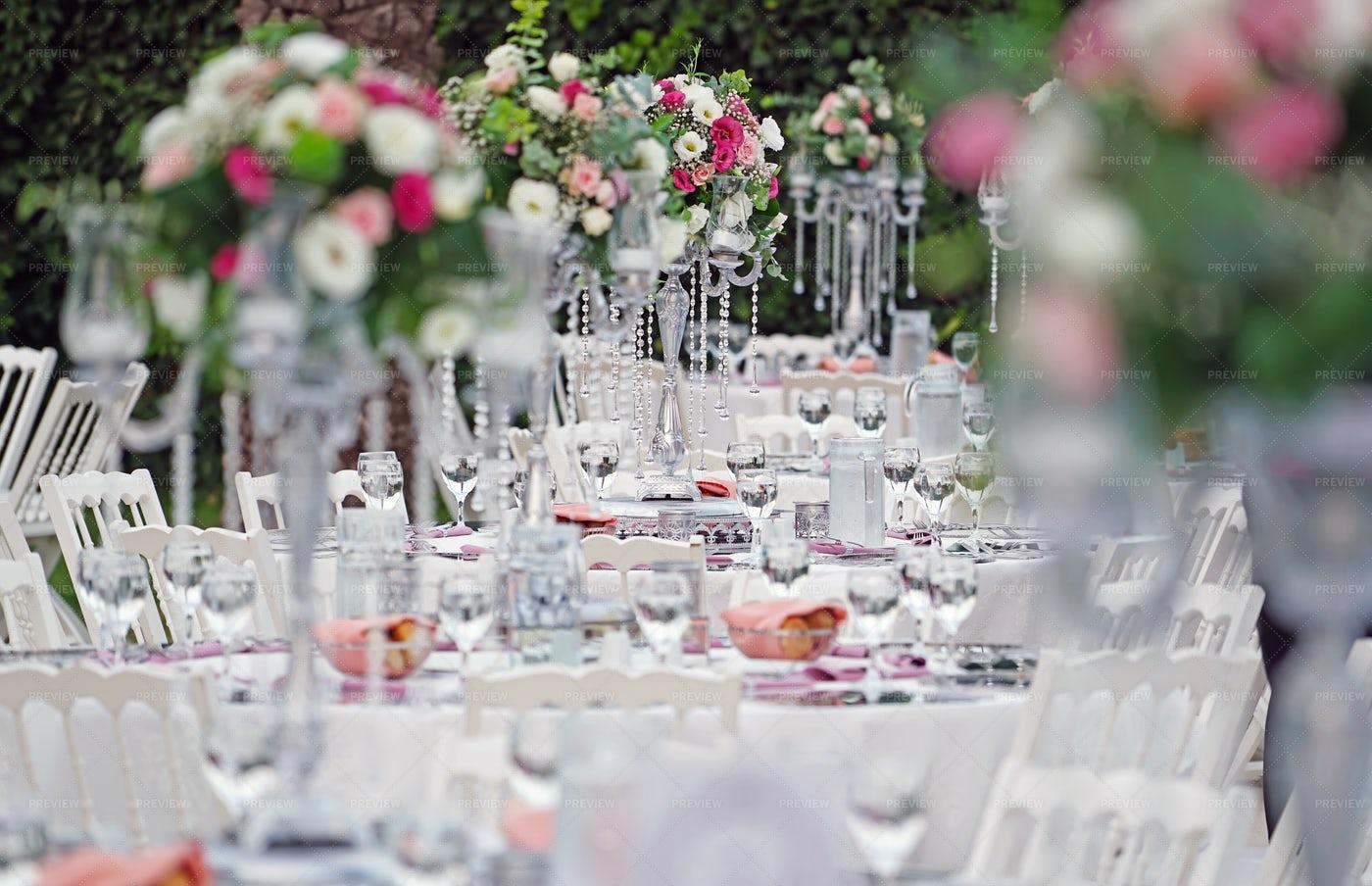 Wedding Tables In Garden: Stock Photos