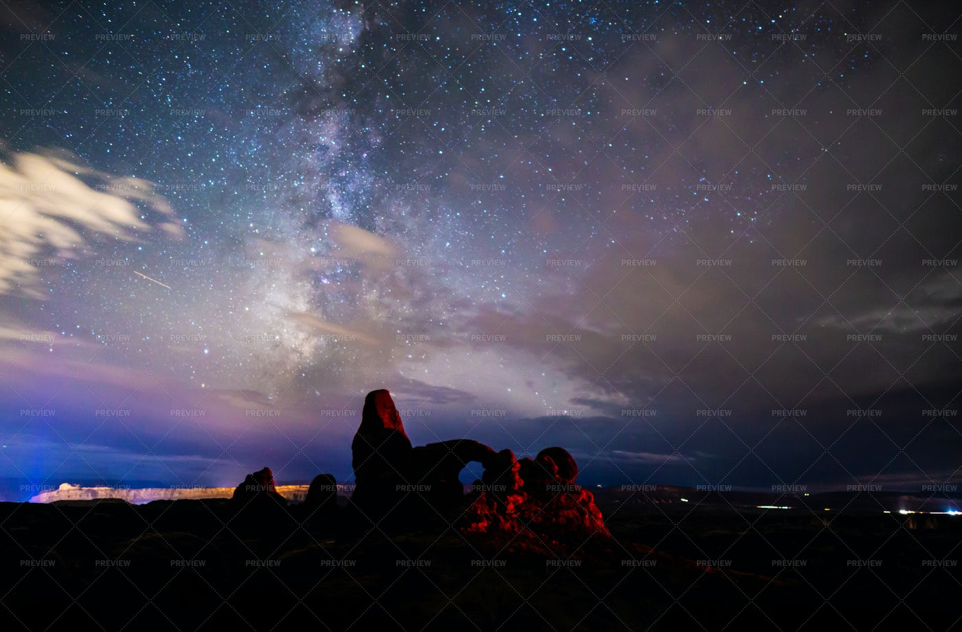Turret Arch And  Milky Way Skies: Stock Photos