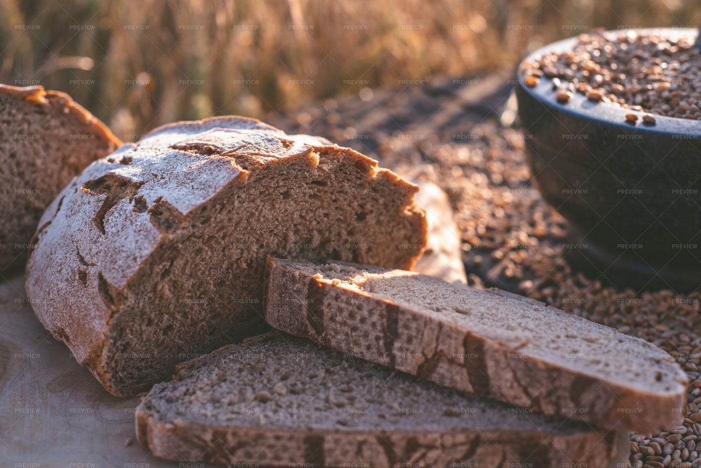 Bread And Grains: Stock Photos