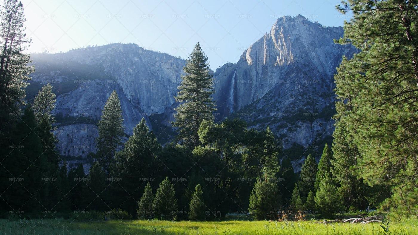 Yosemite Valley: Stock Photos