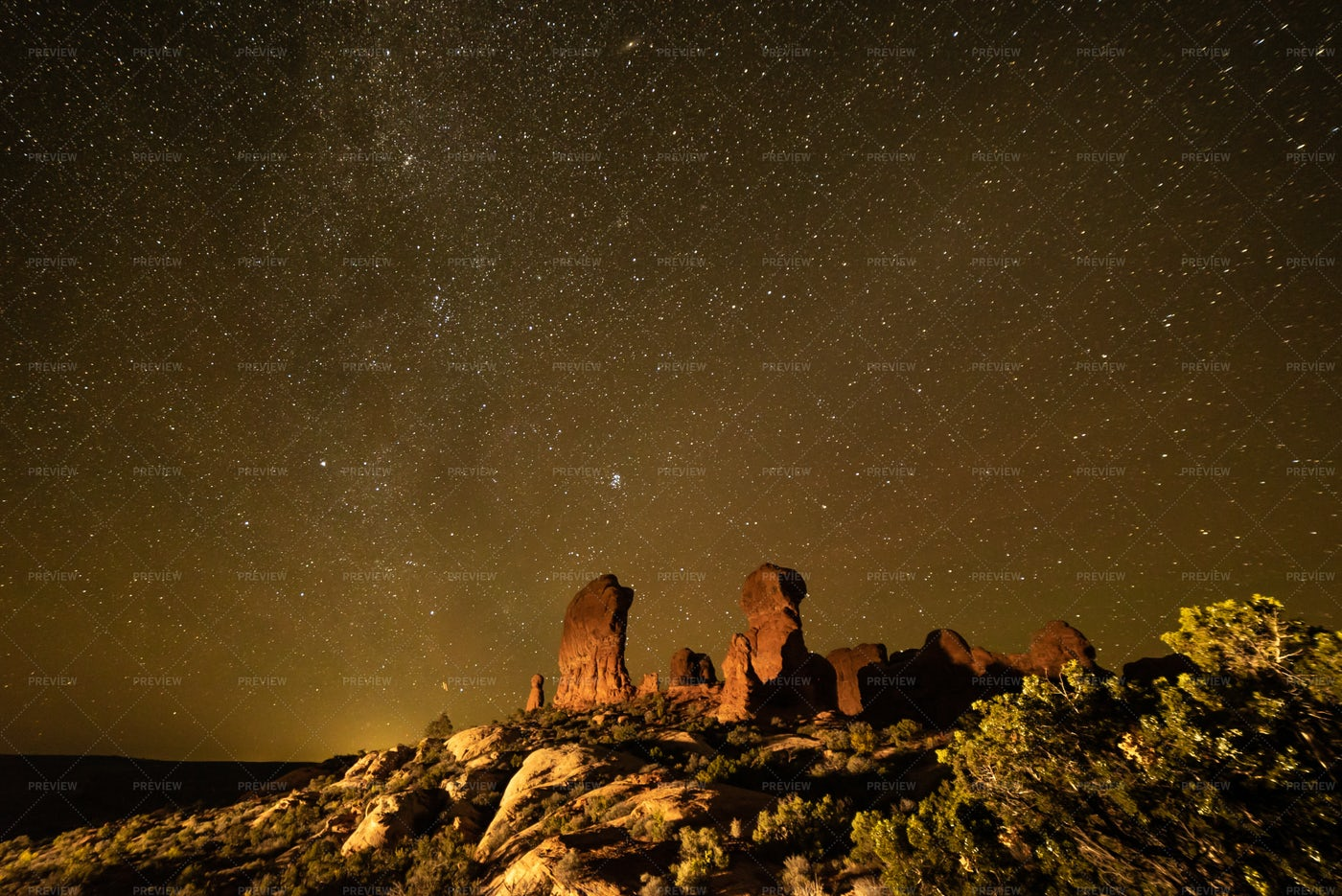 Starry Night In Arches: Stock Photos
