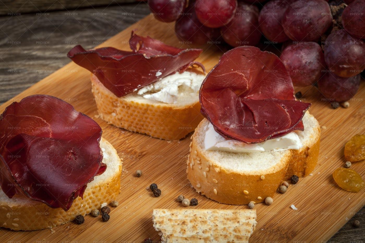 Italian Sliced Prosciutto: Stock Photos