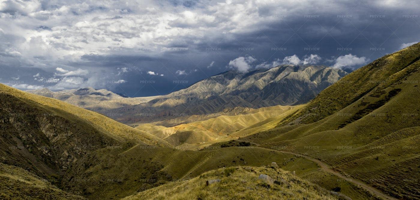 Panoramic Mountains: Stock Photos