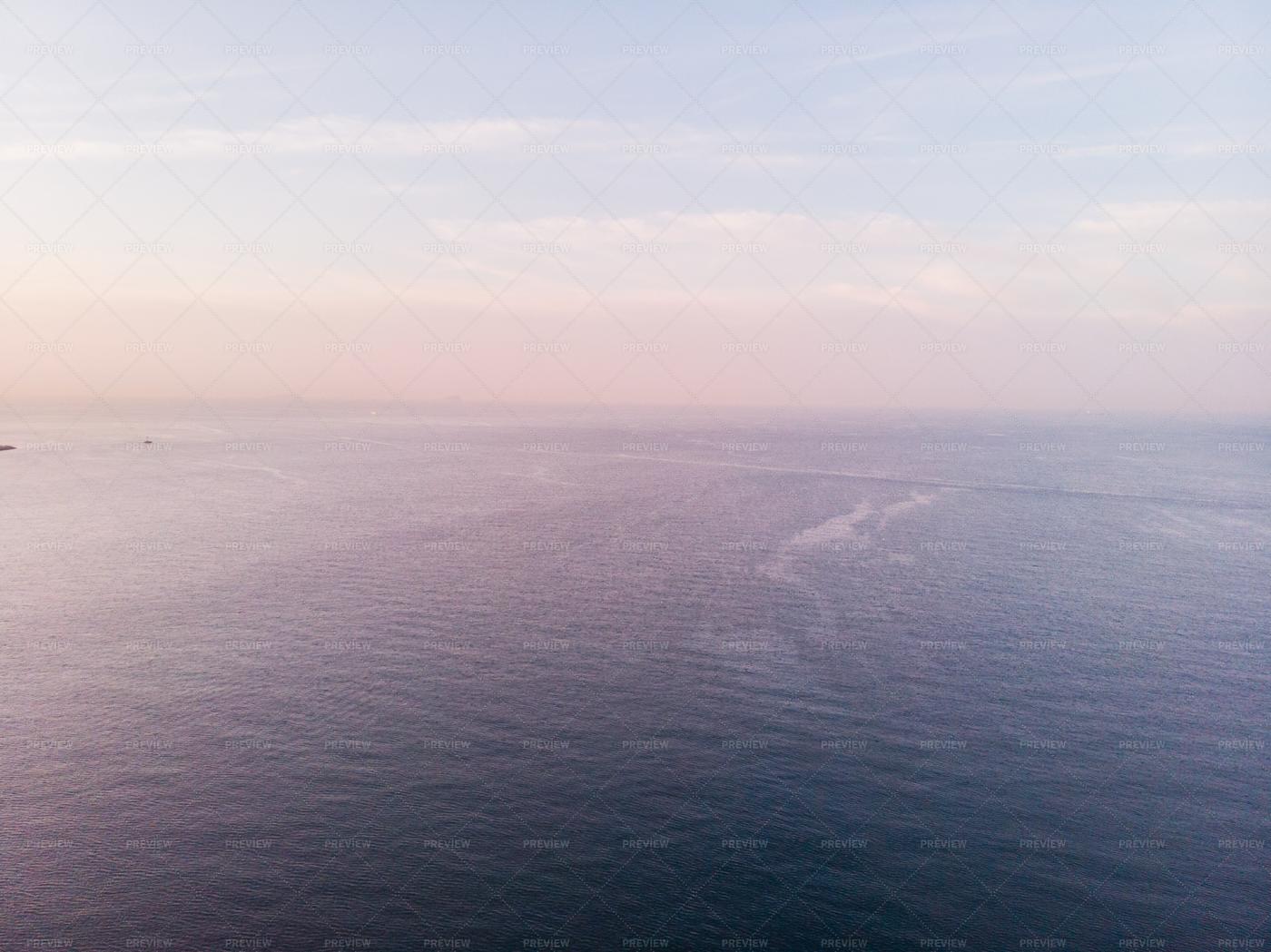 Ocean And Cloudy Sky Background: Stock Photos
