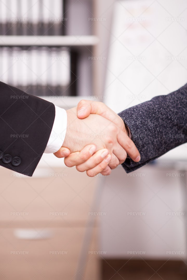 Shaking Hands: Stock Photos