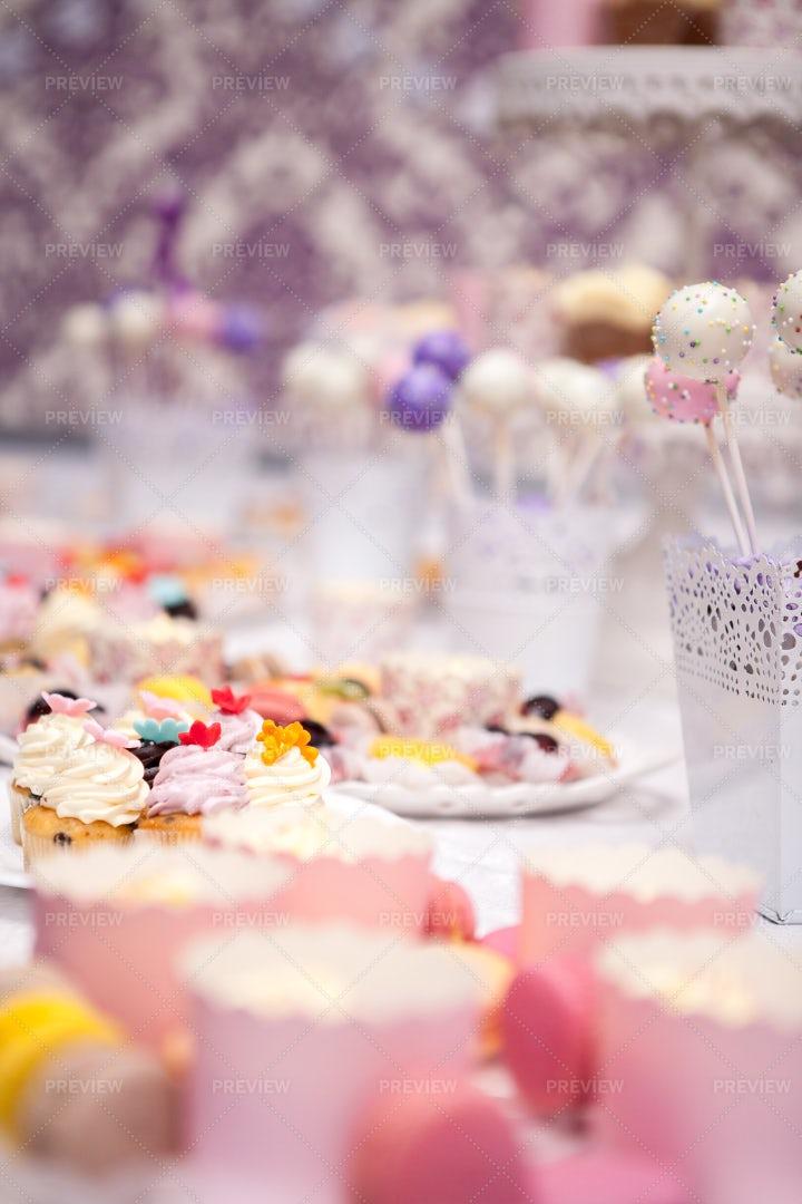 Sweet Candy Bar Display: Stock Photos
